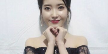 IU's personal YouTube channel surpasses 5M subscribers