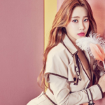 AOA's Yuna dedicates a handwritten letter to fans as she departs from FNC Entertainment AKP STAFF