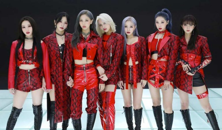 """Dreamcatchers Readies To To You On """"Summer Holiday"""""""
